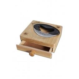 Coltello con Impugnatura in Plastica e Cassetto